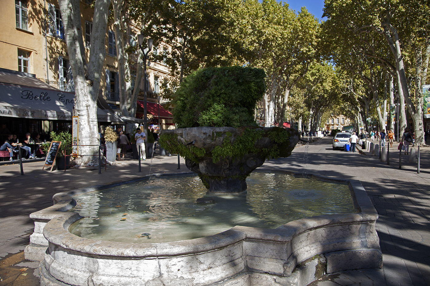 The 9 cannons fountain on the Cours Mirabeau at Aix-en Provence #AixenProvence @PaulShawcross