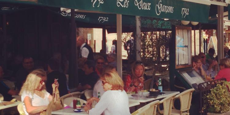 Deux Garcons Cours Mirabeau Aix #AixenProvence @PerfectlyProvence