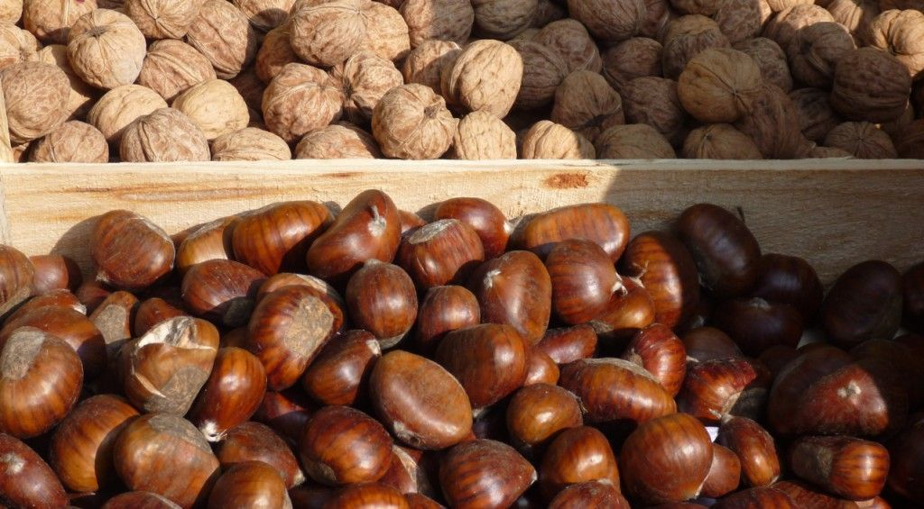 Fall Nuts in the Market in #ProvenceMarkets @PerfectlyProvence