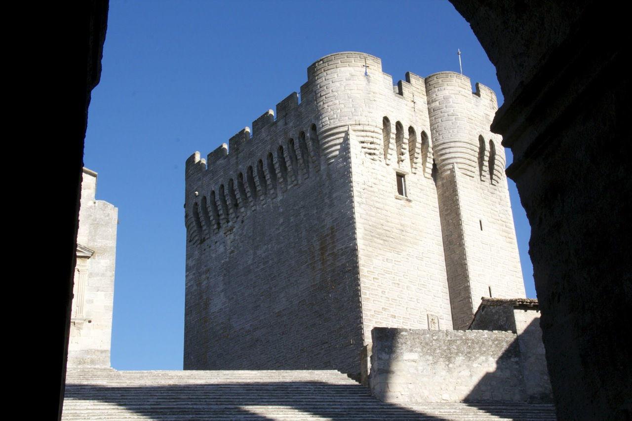 Montmajour Abbey #Provence #Montmajour @PerfectlyProvence