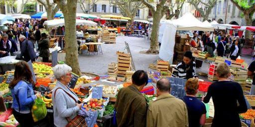 Uzes Market