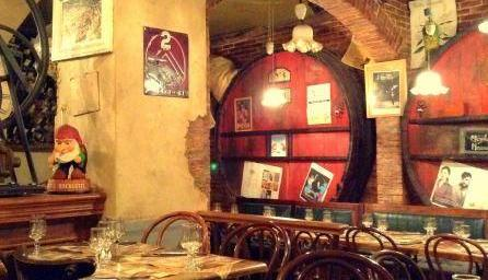 Vieux Cafe d'Aniathazze in Uzes via @bfblogger2013
