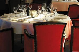 restaurant-interieur Domaine de Manville @DomaineManville