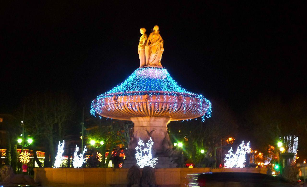 Christmas in Aix en Provence La Rotunde #AixenProvence @PerfProvence