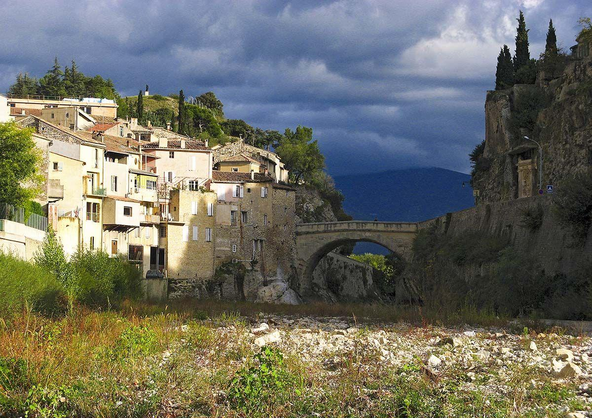 Vaison la romaine locals tips for your visit - Office de tourisme vaison la romaine ...