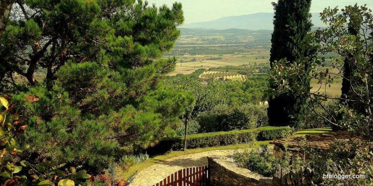 Luberon view #Provence @bfblogger2013