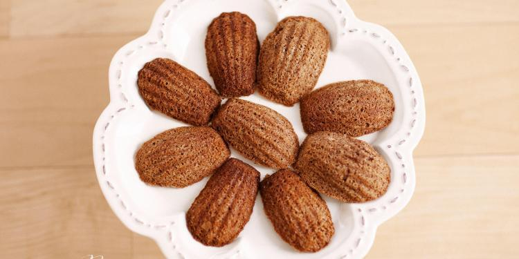 Chocolate Madelines #Recipe @LoveasART #Provence