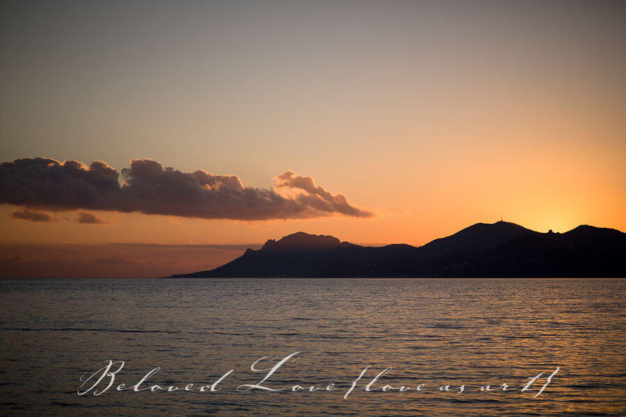 sunset #Photos #Provence #Weddings @LoveasART