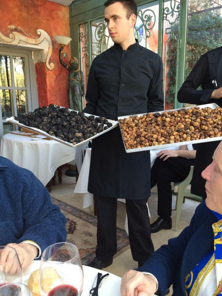 Trays of truffles at Bruno's of Lorgues @LizGabayMW