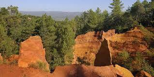 Roussillon Red Cliffs #Roussillon @bfblogger2013