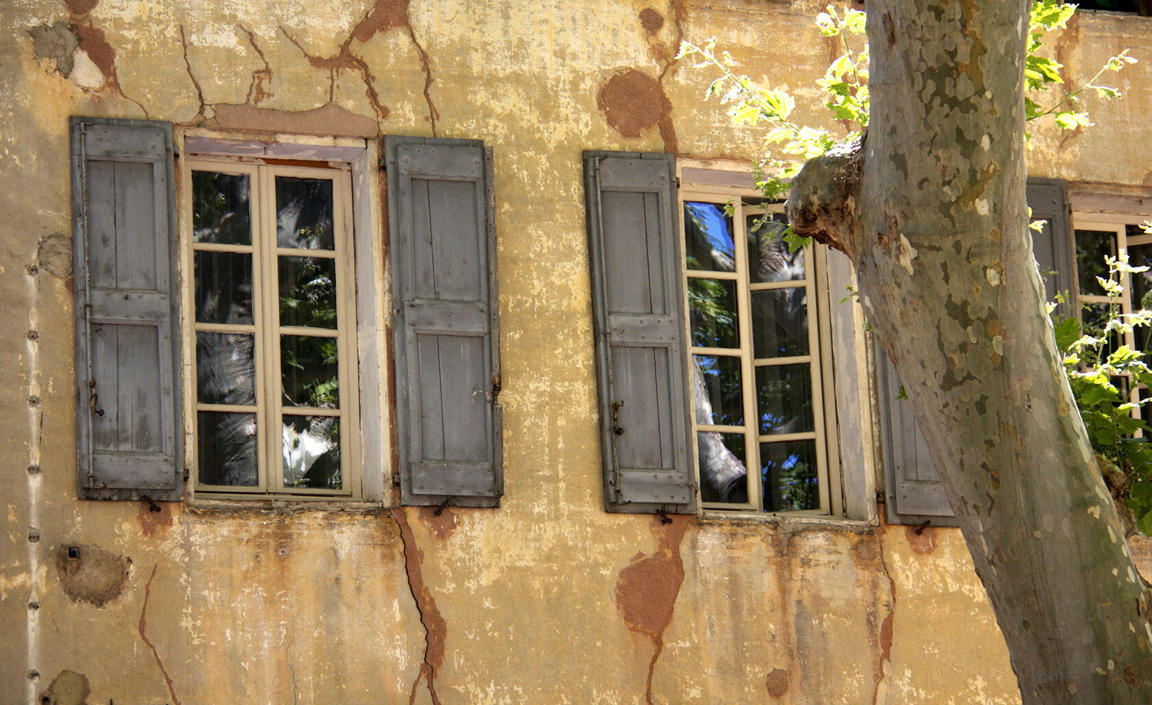 Window in Cotignac Var Provence @PerfectlyProvence