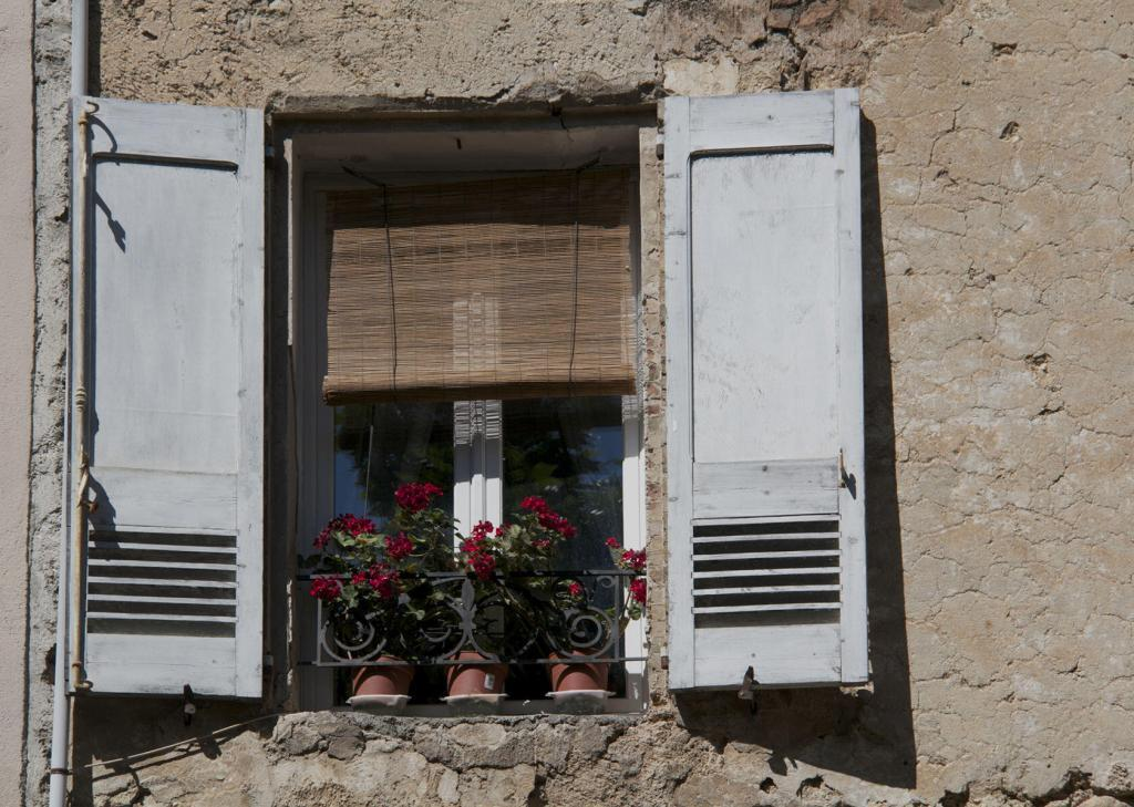 A Window in Cotignac #Cotignac #Var #Provence