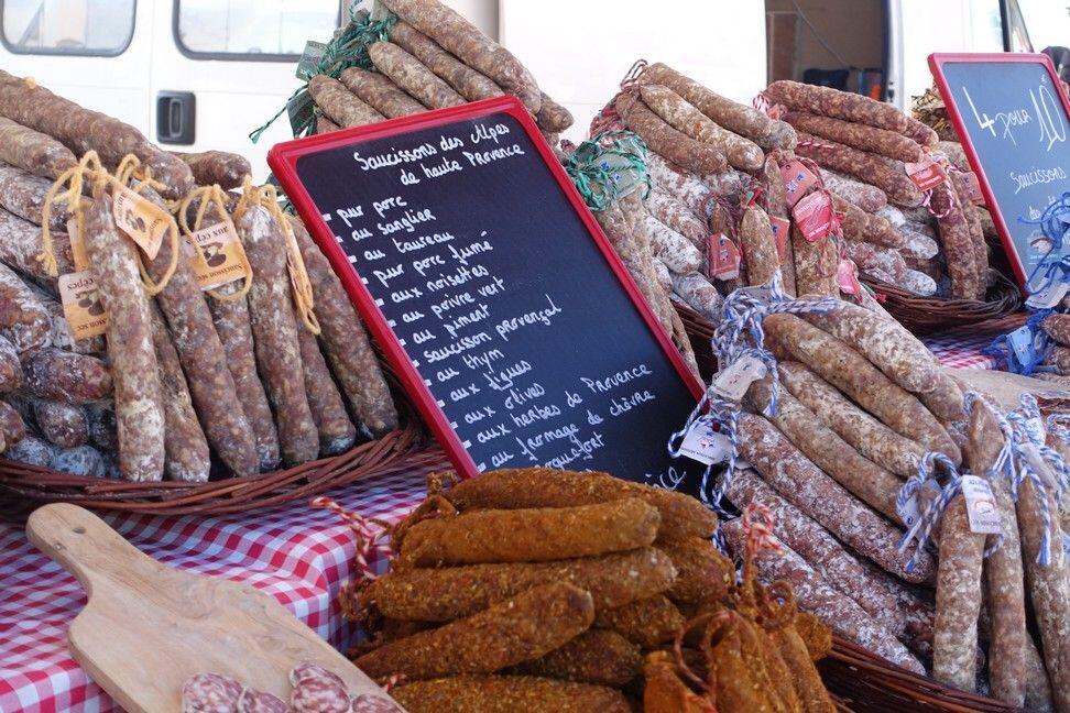 Market Greoux-les-Bains @unxplorer #Provence