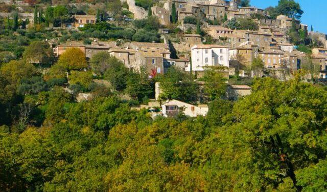 Lacoste #Luberon @Provence_search