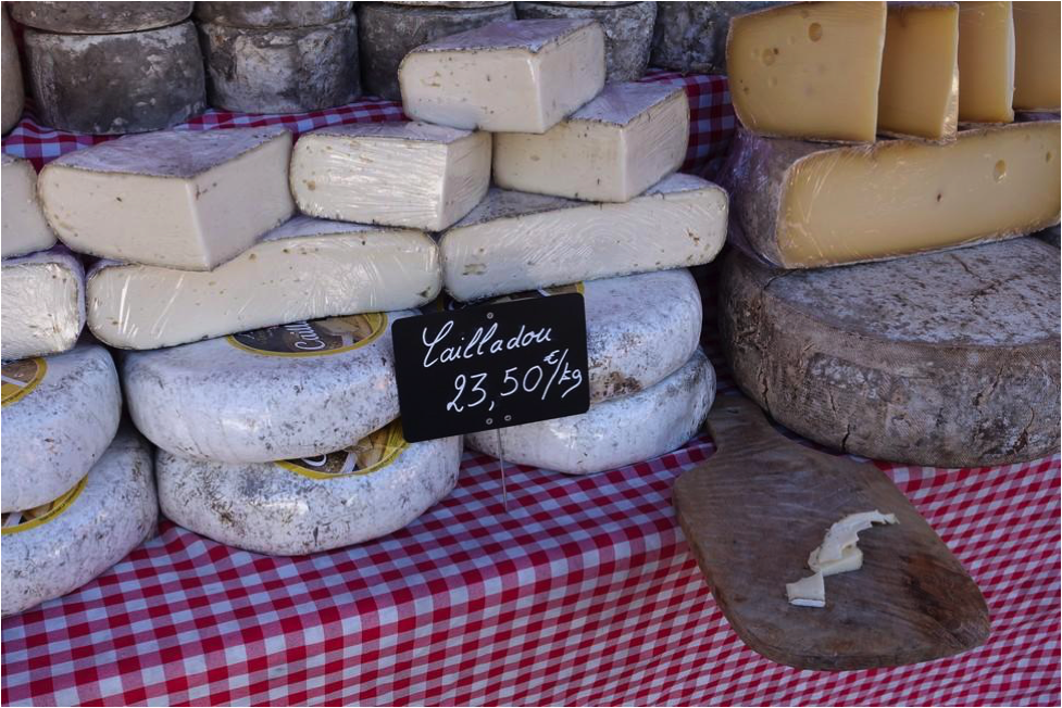 Market Cheese #Markets #Provence @unxplorer