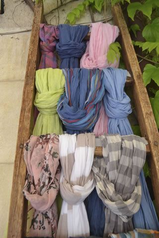 The french scarf #Provence #Markets @DreamyProvence