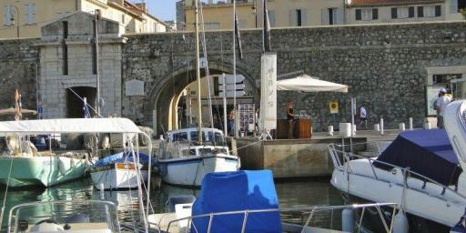 Cote d'Azur by Sea