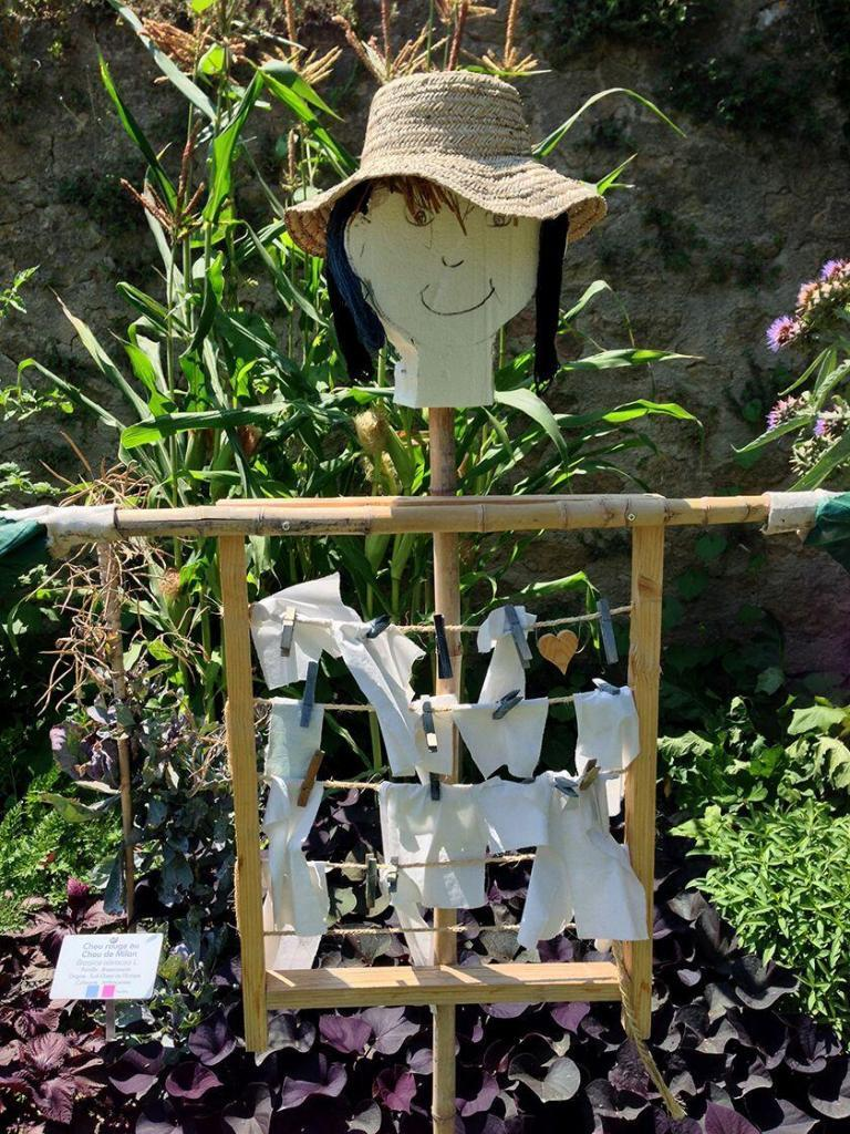 Garden Friend Jardin Couleur Garance #Lauris #Provence