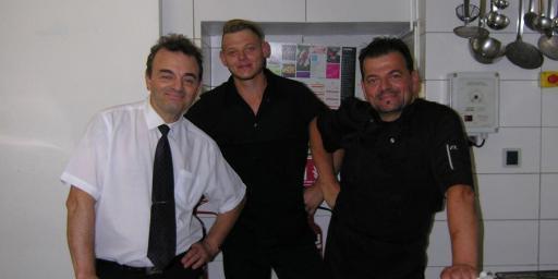 Kouros Kitchen Cuers