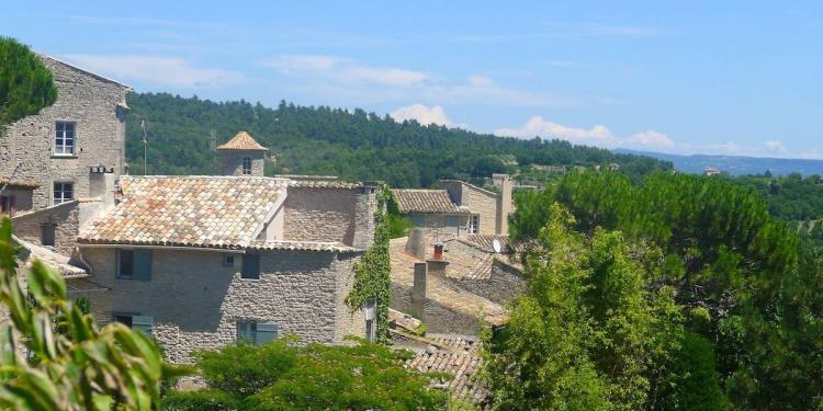 Luberon Village #Luberon #Provence @ProvenceSearch