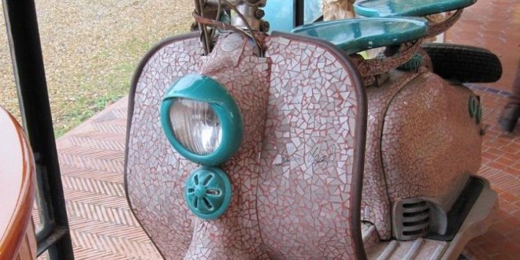 ceramiques de Salernes Alain Vagh Scooter @MirabeauWine