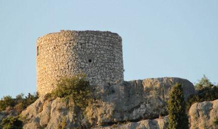 Eygalieres an Authentic Village in Provence @PerfProvence