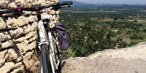 Biking in the #Luberon #Provence @VaucluseDreamer