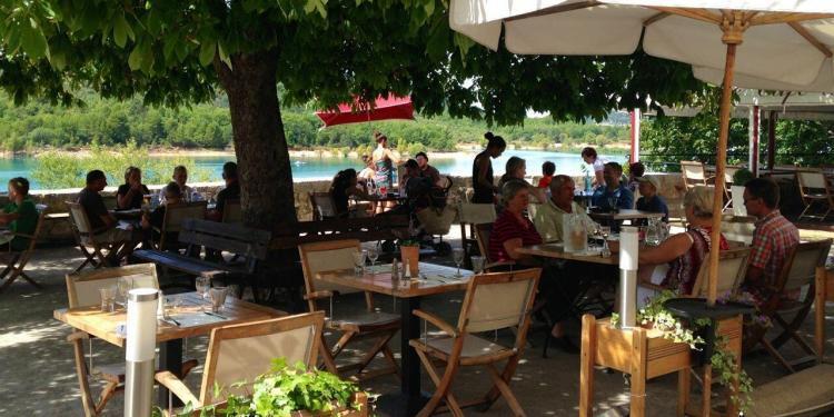 Bauduen at the Lac de St Croix #GorgesduVerdon @MirabeauWine