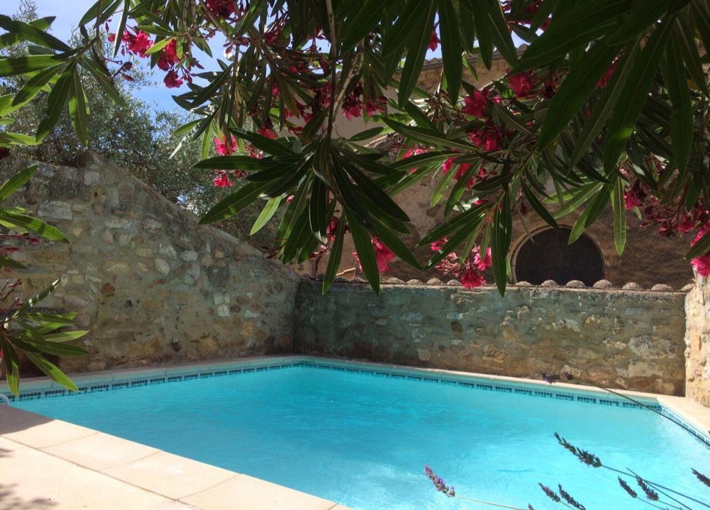 Pool #LaBreche @alabreche_annie