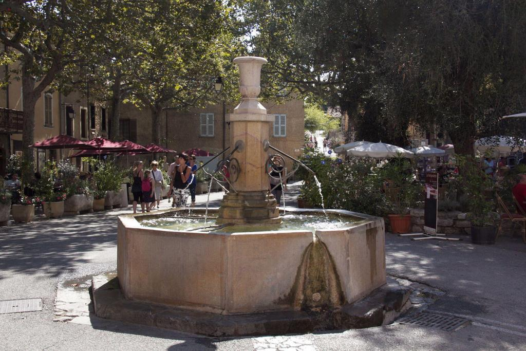 Tourtour main square #Tourtour #Var @PerfProvence