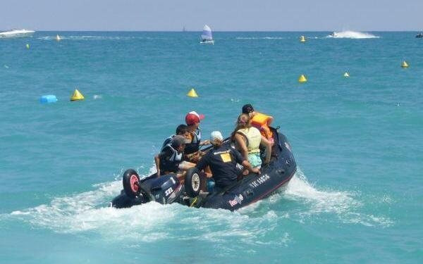 boat hire Villeneuve-Loubet beach #CotedAzur #Beaches @FibiTee