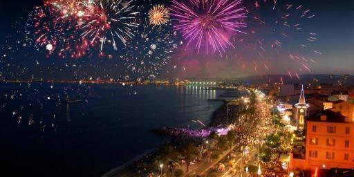 August concerts feu d'artifice Nice French Riviera Cote d'Azur @AccessRiviera