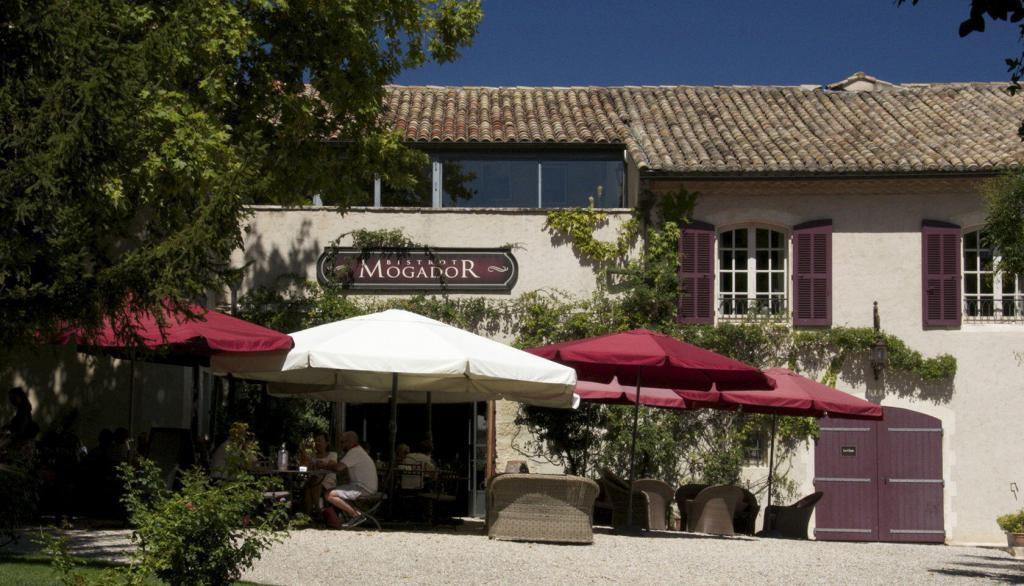Chateau d'Estoublon #WinesofProvence #Restaurant @PerfProvence