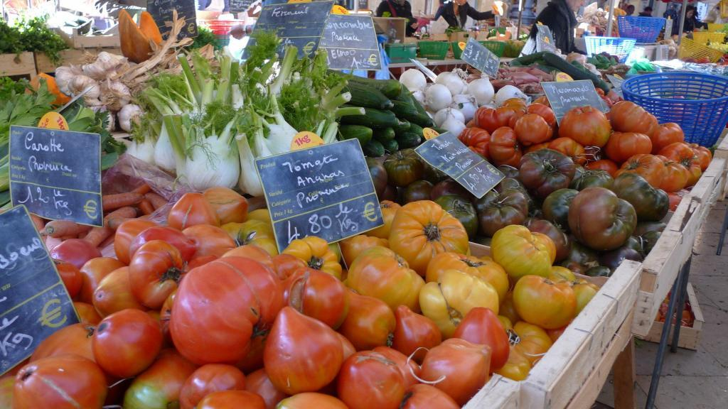 Hierloom Tomatoes #Tomatoes in #Provence