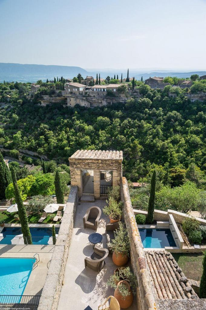 Pools at la Bastide de Gordes #Gordes