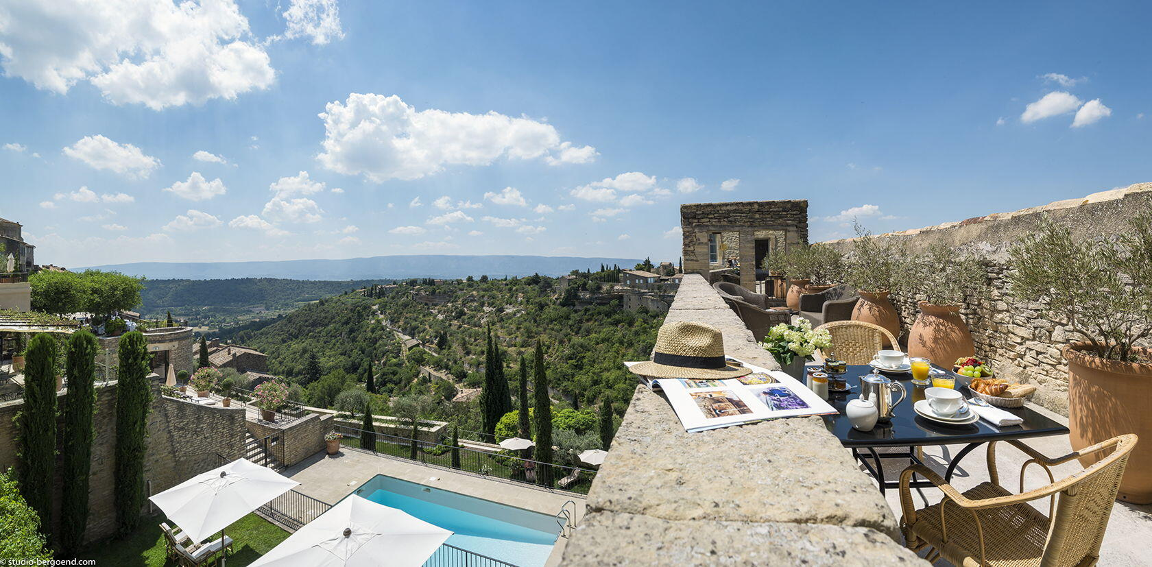Views From La Bastide De Gordes Hotels