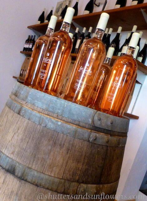 Rose #winesofProvence @Aquaduc #Uzes @ShutrsSunflowrs