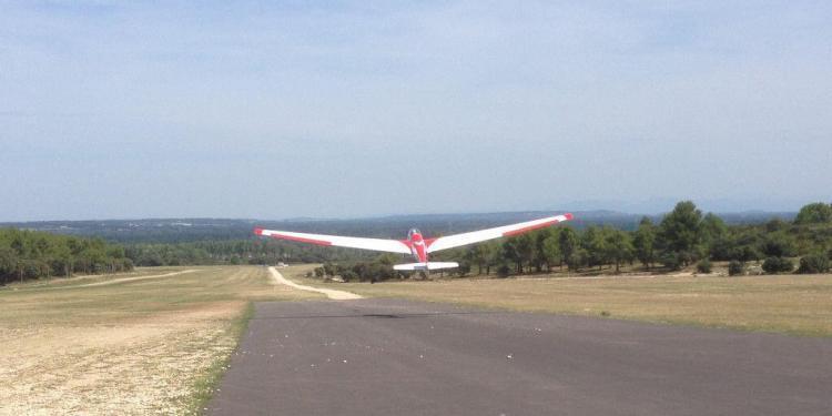 Gliding in Provence St-Remy @GingerandNutmeg