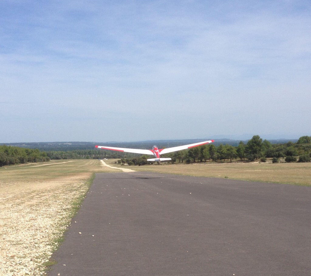 Gliding Provence St-Remy @GingerandNutmeg