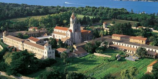 Abbaye de Lerins Cote d'Azur L'ile Saint Honorat