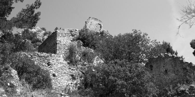 Merindol Provence Luberon @PerfProvence