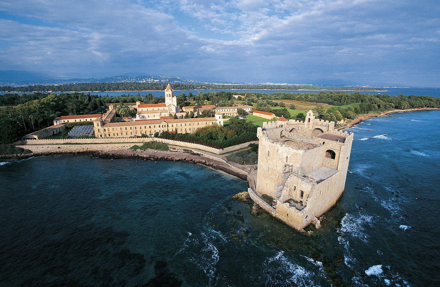 Panorama Abbaye de Lerins Cote d'Azur L'ile Saint Honorat