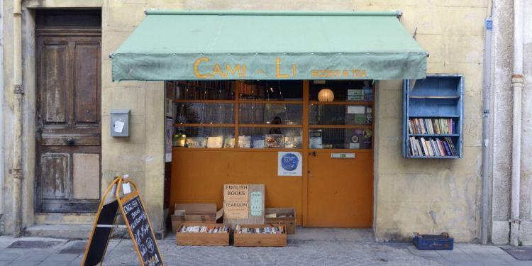 Camili Books and Tea #Avignon @CuriousProvence