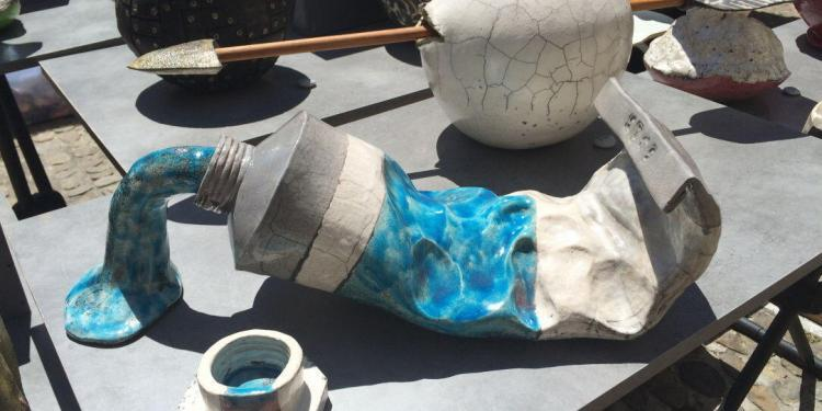 Great raku pottery #market #Avignon @VaucluseDreamer