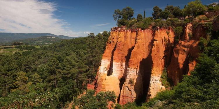 Roussilon Ochre trail #Luberon @Inntravel