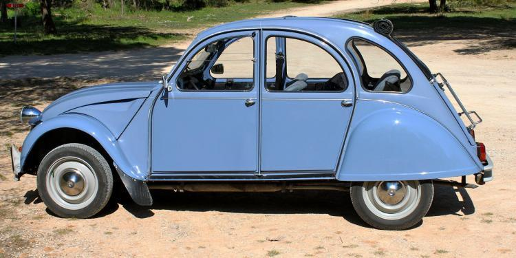 2CV experience #Rentals #Provence @PerfProvence