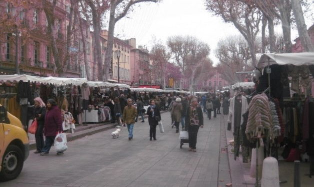 Cours Mirabeau #AixenProvence #Markets @aixcentric