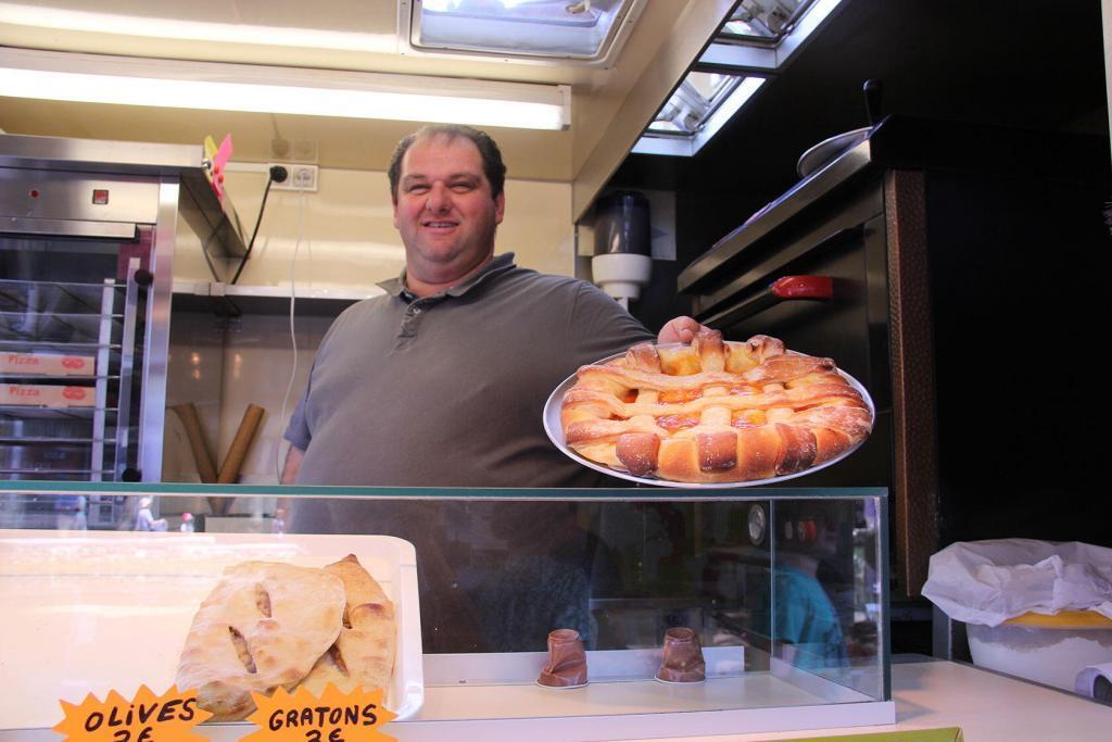 Cucuron Market #Cucuron #Luberon #TastesofProvence