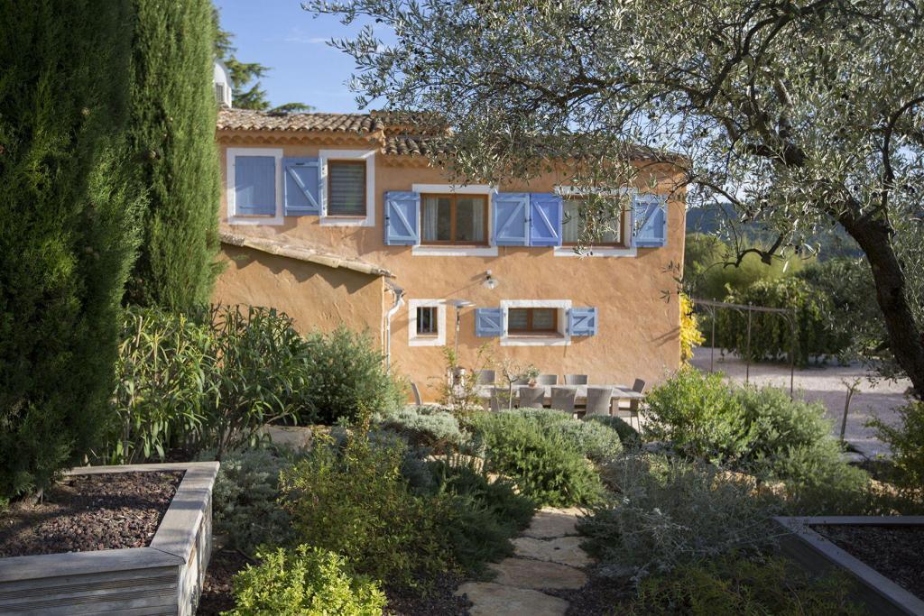 Mas des Avelines #Provence @OlivesVines