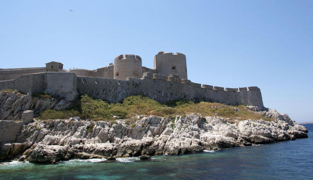 Chateau d'If Iles Fioul Marseille @PerfProvence